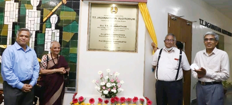Distinguished Alumnus Shri. TT Jagannathan contributes Rs 10 crore to establish endowment at IIT Madras